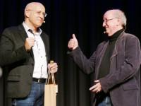 Bürgermeister Stefan Altenberger und Dr. Jan-Uwe Rogge im Gespräch