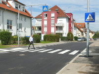 Neuer Zebrastreifen in der Waiblinger Straße