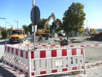 Am Bahnhofsvorplatz haben die Arbeiten für die Installation von 40 Fahrradboxen begonnen